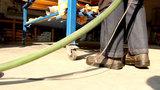 SlideKick de veilige multifunctionele haak voor slangen, snoeren en gereedschap NL_